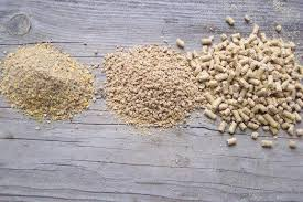 different poultry feed texture